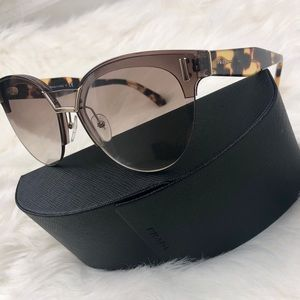 New‼️PRADA Authentic SPR 04U Cat-Eye